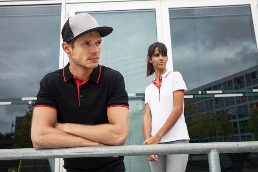 Дамска тениска с яка Multi Stripe - цвят Черно/Червено