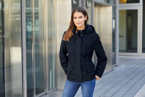 Дамско зимно яке - цвят Черен
