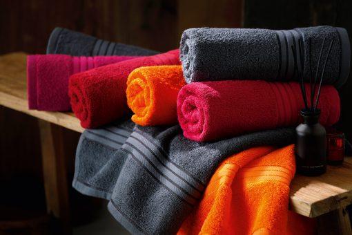 Хавлиена кърпа 70 x 140 cm - цвят Черен